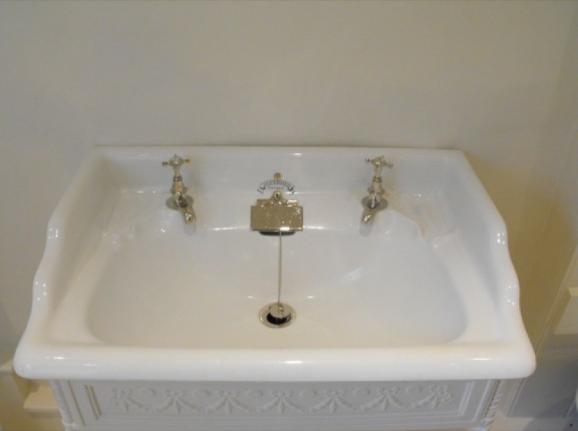 Re Enamel An Old Fashioned Kitchen Sink